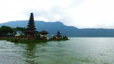 bratan : Ulun Danu temple on Bali Indonesia