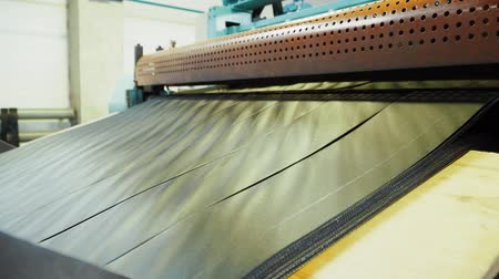 vasalás : The production of the geogrid in the machine in the plant. Stock mozgókép