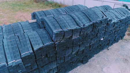 erozyon : Stacks of geogrid on pallets on the stock of the plant.