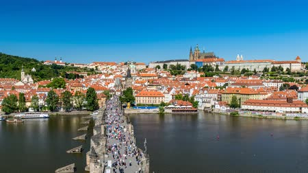 charles bridge : Charles Bridge, Prague, Czech Republic, 4K Time lapse Stock Footage