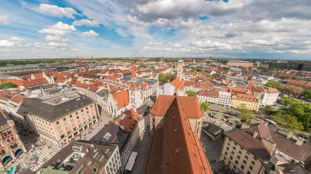 bajor : Munich city skyline timelapse at Marienplatz new and old Town Hall Square, Munich, Germany, 4K Time lapse Stock mozgókép