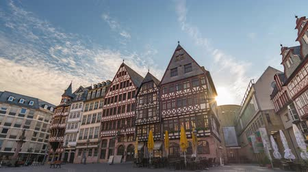 rathaus : Frankfurt city skyline sunrise timelapse at Romer Town Square, Frankfurt, Germany 4K Time lapse