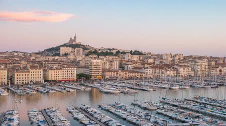 slavný : Marseille city skyline Vieux Port day to night timelapse, Marseille, France 4K Time lapse Dostupné videozáznamy