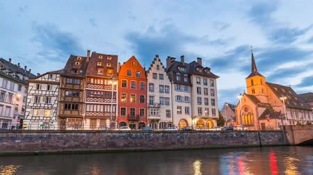 обрамление : Strasbourg Half Timber House city skyline day to night timelapse, Strasbourg, France 4K Time lapse