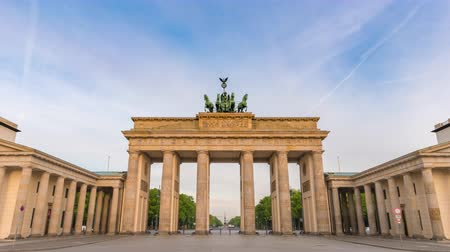 Berlin Germany time lapse 4K, city skyline timelapse at Brandenburg Gate (Brandenburger Tor)