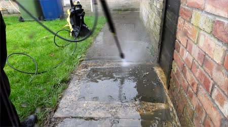 neglected : Path Jet Washing