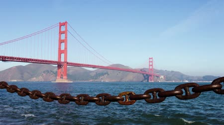 goldene : Golden Gate Bridge in den Morgen