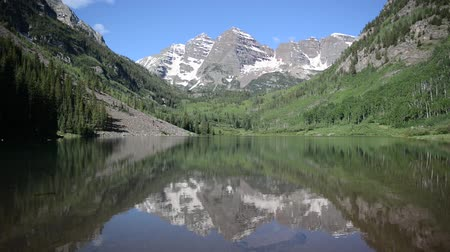 ribeiro : Maroon Bells with lake, Elk Range near Aspen, Colorado Stock Footage