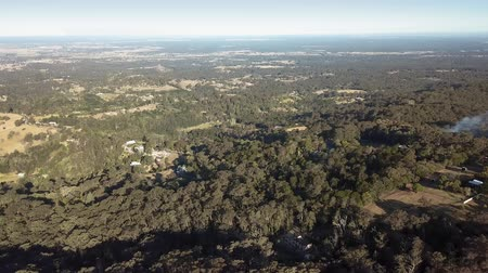richmond : Panning aerial view over Kurrajong, Grose Vale and the village of Bowen Mountain