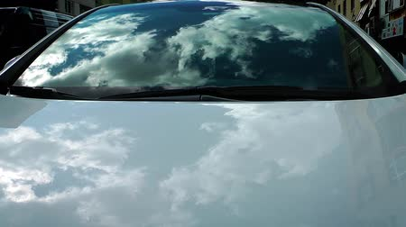 yansıma : Clouds Reflection on the Car