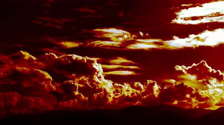 épico : Burning Blowing Epic Cinematic Clouds Time Lapse