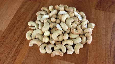 suszone owoce : Cashew Nuts Macro View Wideo