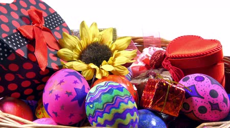 wielkanoc tło : Colorful Easter Paschal Eggs Celebration Wideo
