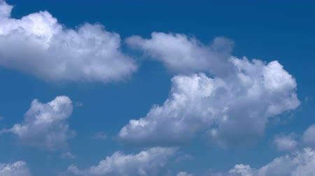 stratosfer : Soft Smooth Heavenly Clouds on Clear Sky in Sunny Day