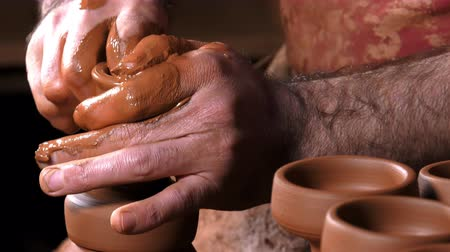 hrnčíř : Pot Made of Clay Workshop