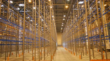 distribution lectrique : large empty storehouse used by wholesalers for transport businesses and customs in industrial city area