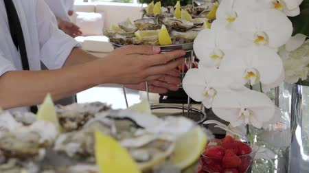 ostrygi : The Dishes With Oysters