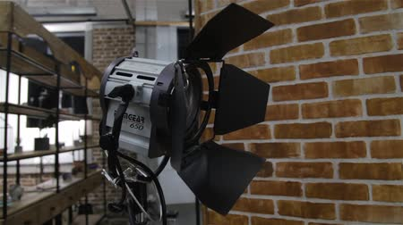 sinematografi : Lighting Equipment Gear Stok Video