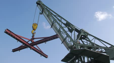 tersane : The Cargo Crane In Port Stok Video