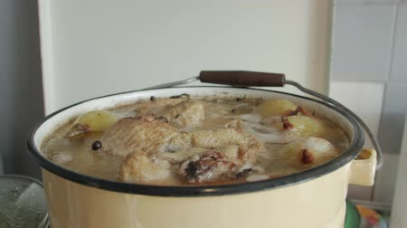 Chicken Onion Bouillon Stok Video