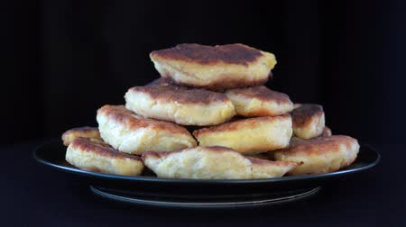 пюре : Potato cakes, Ukrainian name: Potato cakes, butter Traditional Ukrainian cuisine
