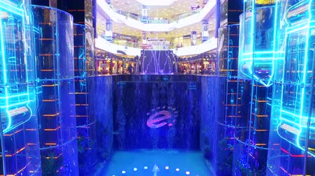 pólos : Moscow, Russia-November 24, 2018: elevators and fountain to the European shopping center in Moscow. the area is 180 000 m, built by the famous architect G. P. Platonov