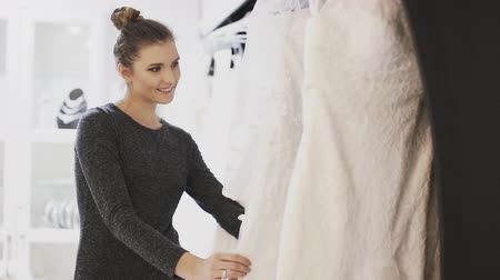 hochzeitskleid : Wedding Dress Fitting in Braut store