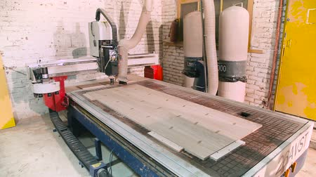 woodcut : Machine tool for woodcarving. Doors production