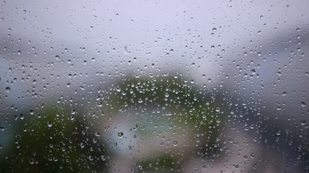 мини : Steamy window with raindrops