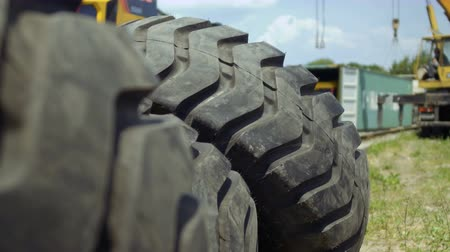 hydraulic : Heavy tractors tire