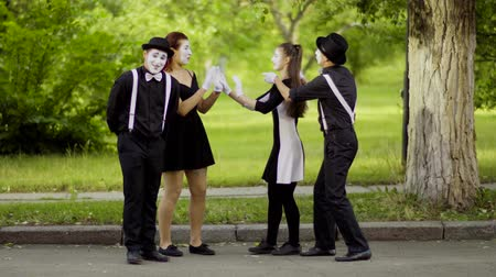 greasepaint : Mimes play Rock Paper Scissors in the park