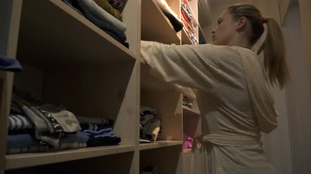 dressing room : Beautiful young girl in dressing room at home