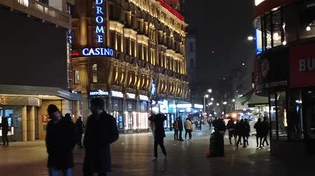 london cab : London Time-Lapse - Leicester Square By Night