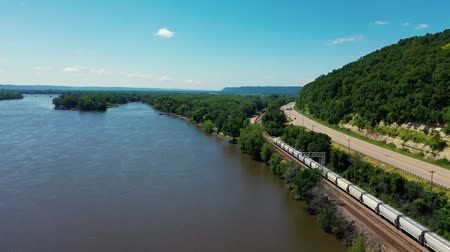 iowa : Roads And Railroads At The Side Of The Mississippi River. MN. United States