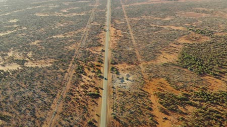 западный : Aerial Of A Silent Highway At The West Coast Of Australia Стоковые видеозаписи