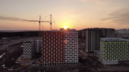 ubytování : Construction site at sunset shot from above