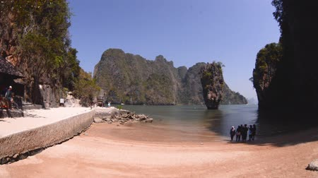 tırnak : THAILAND - MARCH 16, 2015 : video panorama a place James Bond Island in Phang Nga Bay, Thailand