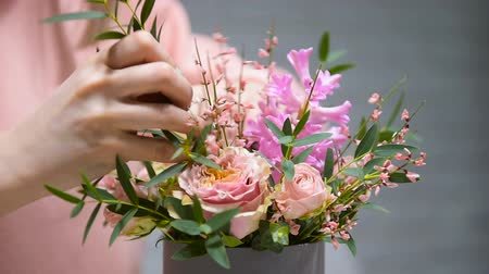 Process of making beautiful pink bouquet