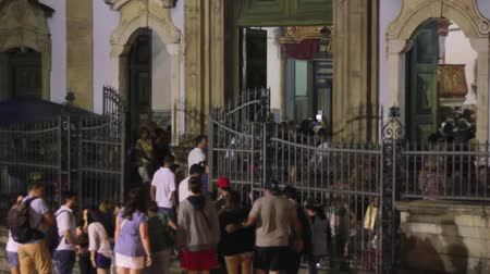 megmentő : Church of Our Lady of the Rosary of the Blacks, long of pelourinio, salvador bahia, people entering the church