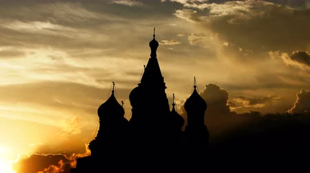 базилика : Saint Basils Cathedral over sunset, 3d animation. Стоковые видеозаписи