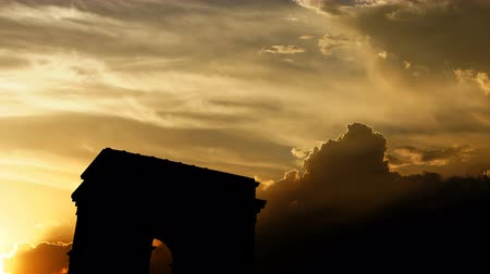 arc : Arc de triomphe over sunset, 3d animation.
