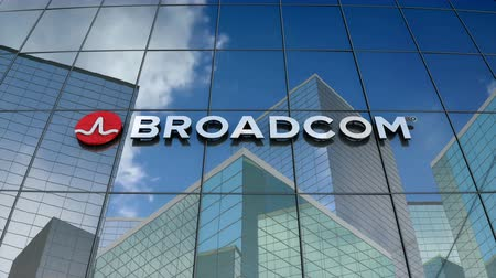 полупроводник : March 2018, Editorial use only, 3D animation, Broadcom corporation logo on glass building.