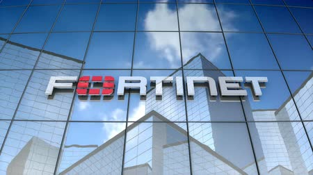 антивирус : November 2017, Editorial use only, 3D animation, Fortinet logo on glass building.