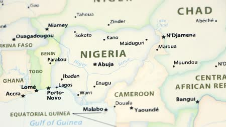 niger : Nigeria on the political map of the world. Video defocuses showing and hiding the map.