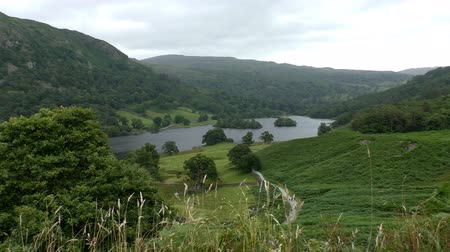 kerület : Lake District mountain landscape over the Rydal Water lake