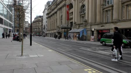 wielka brytania : MANCHESTER, ENGLAND, UK - FEBRUARY, 2017: View of Cross street and Royal Exchange Theater on it in the Manchester city centre center