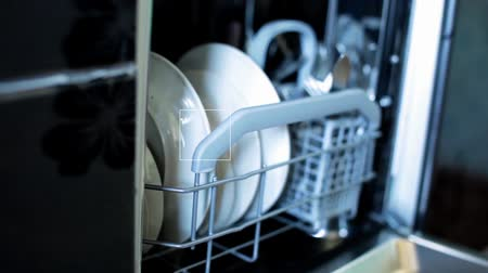 sujo : FullHD video of opening dish washer close-up