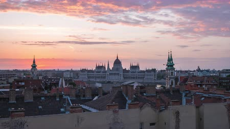 budapeste : Budapest city skyline night to day time lapse in Budapest, Hungary