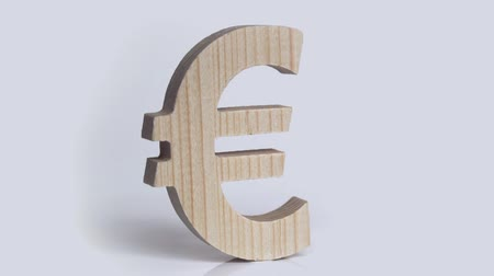 fa háttér : Wooden euro symbol rotation on a white background