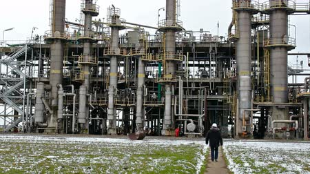 petrokimya : industrial plant refinery ; rectification columns plants for the production of synthetic rubber,video clip